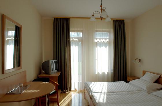 ametiszthotel: Harkány Ametiszt Hotel szoba