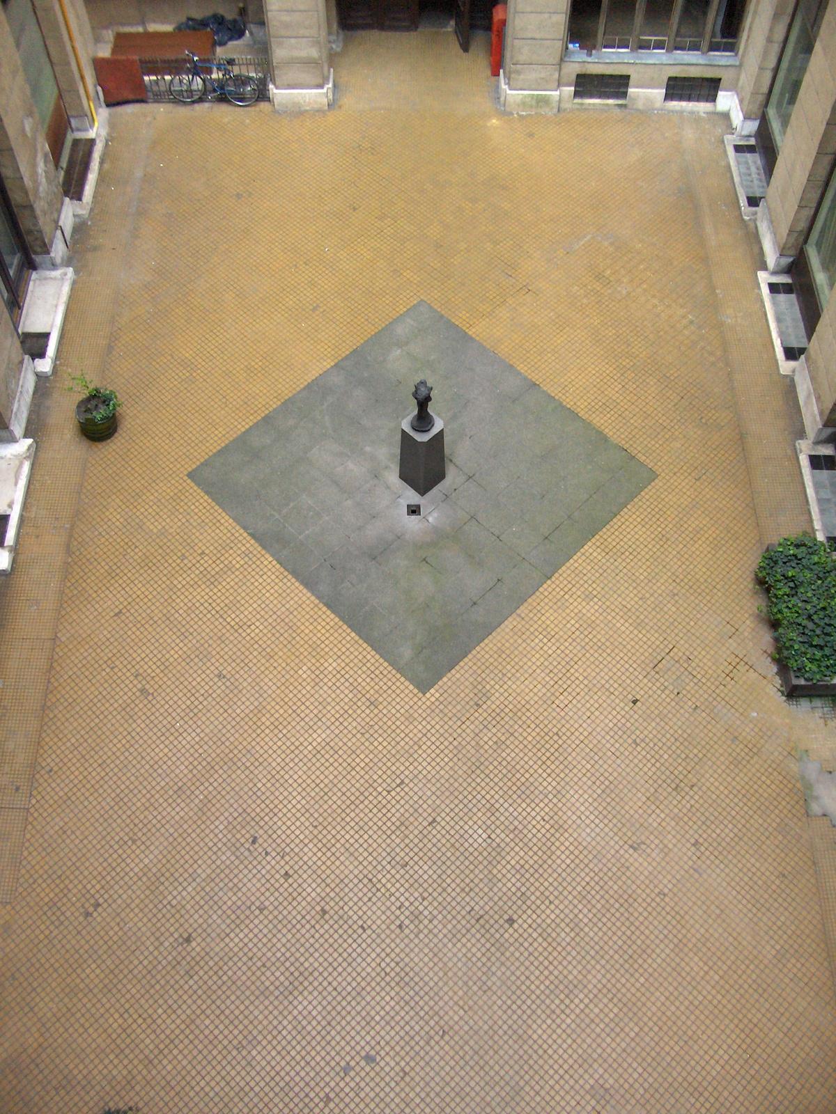 Semmelweis utca 4 072